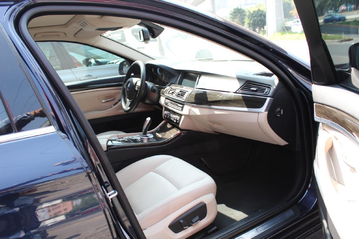 BMW Serie 5 2014 4p 535i Gran Turismo Luxury Line 3.0 aut 50,000km 14