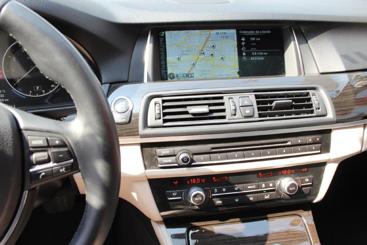 BMW Serie 5 2014 4p 535i Gran Turismo Luxury Line 3.0 aut 50,000km 9