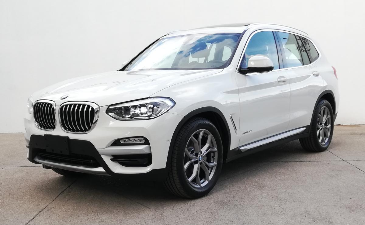 BMW X3 2018 X3 XDRIVE 30iA XLINE  6,616 Km 2