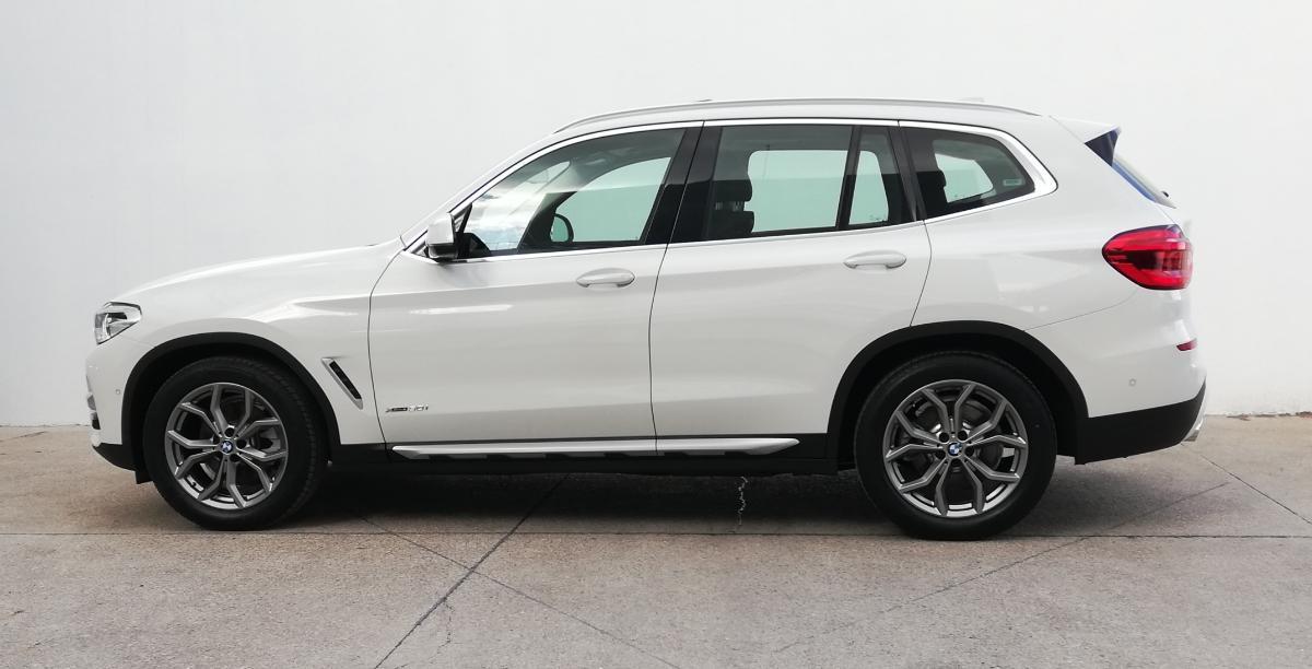 BMW X3 2018 X3 XDRIVE 30iA XLINE  6,616 Km 3