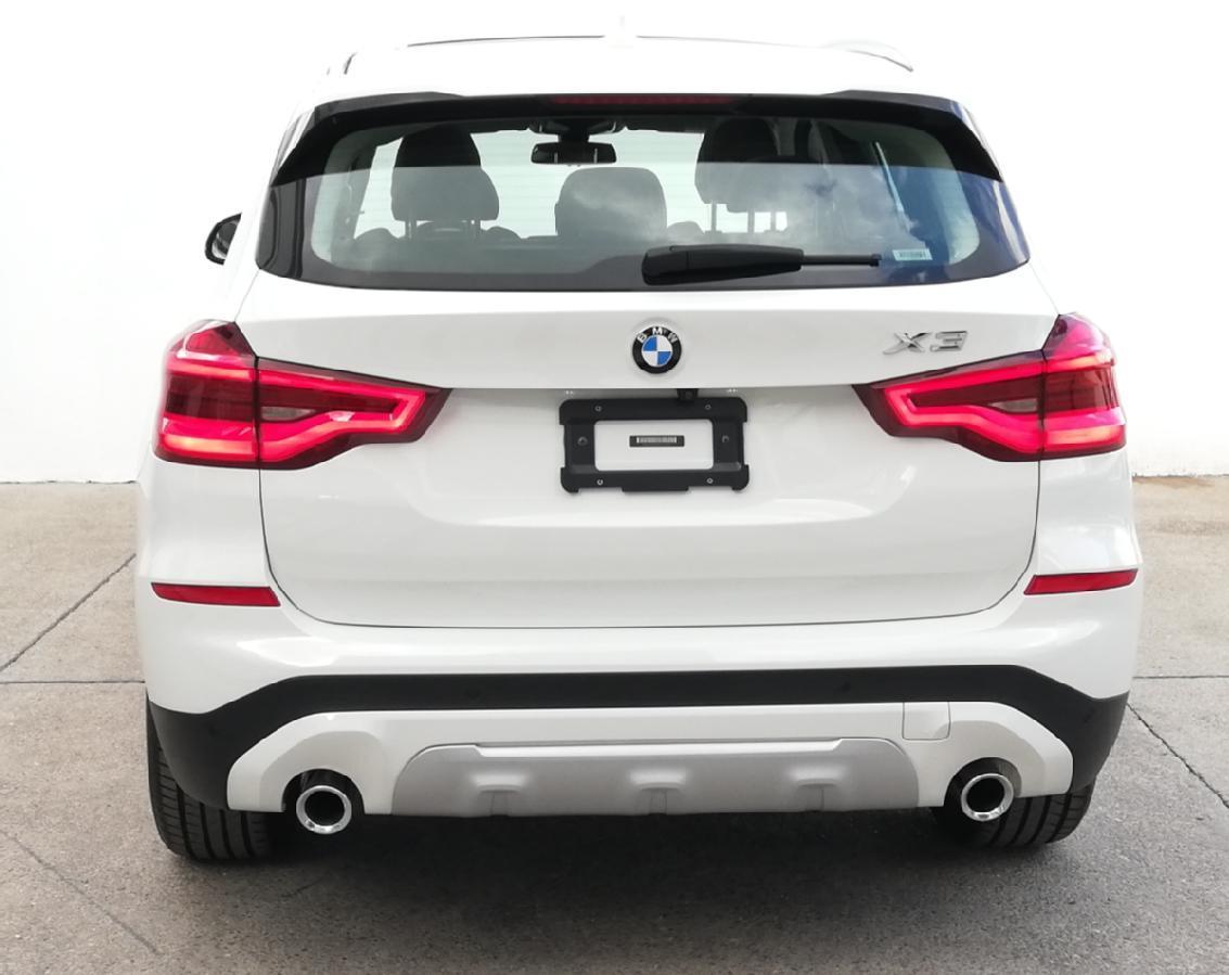 BMW X3 2018 X3 XDRIVE 30iA XLINE  6,616 Km 5