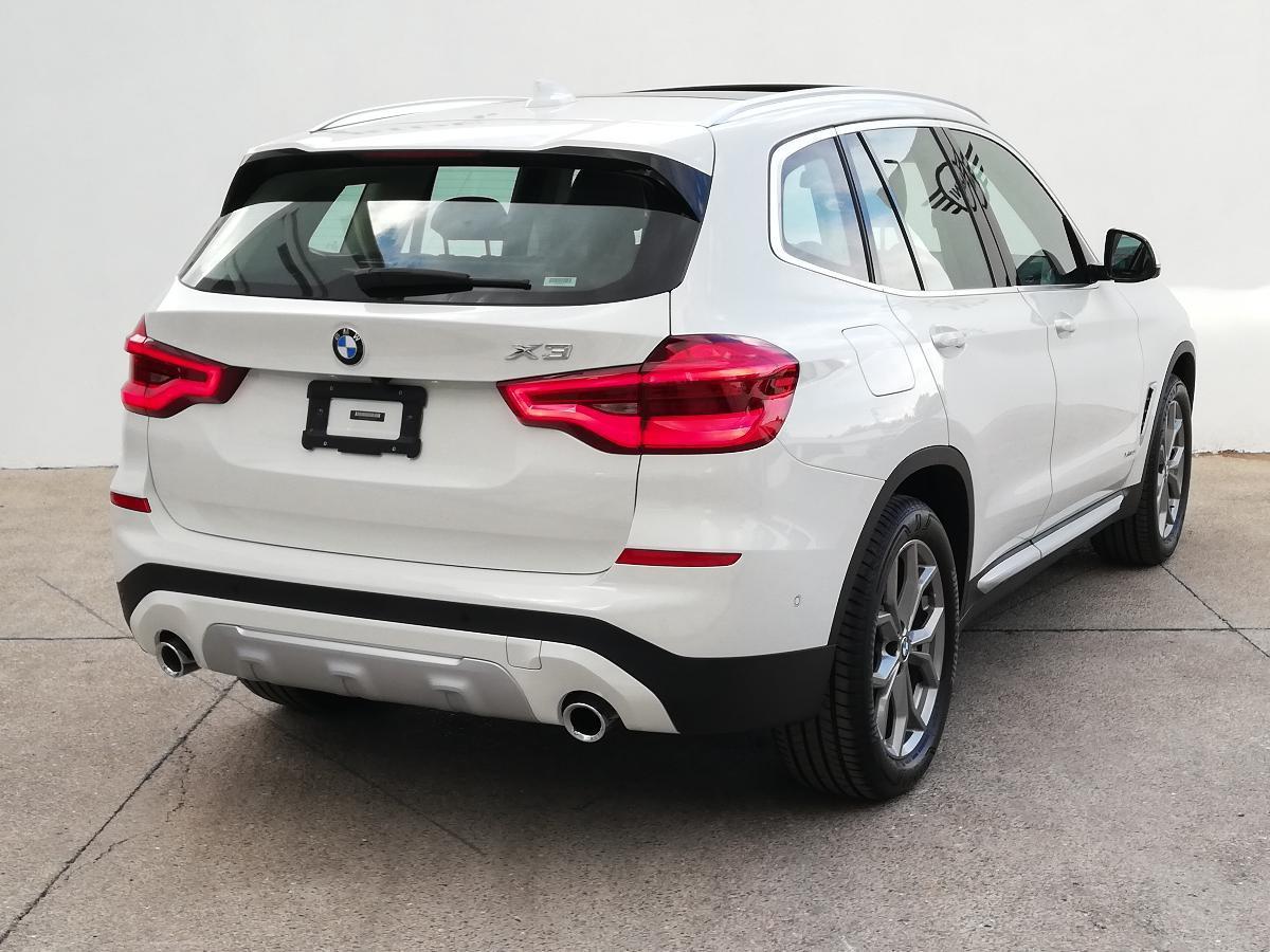 BMW X3 2018 X3 XDRIVE 30iA XLINE  6,616 Km 6