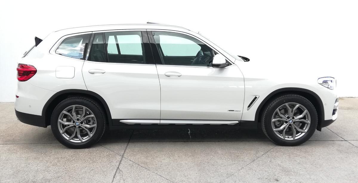 BMW X3 2018 X3 XDRIVE 30iA XLINE  6,616 Km 7