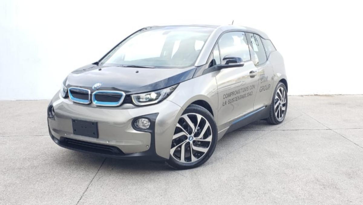 BMW i3 2017 3p Dynamic Rex Hibrido L2/.647 Aut 1,295 Km 2