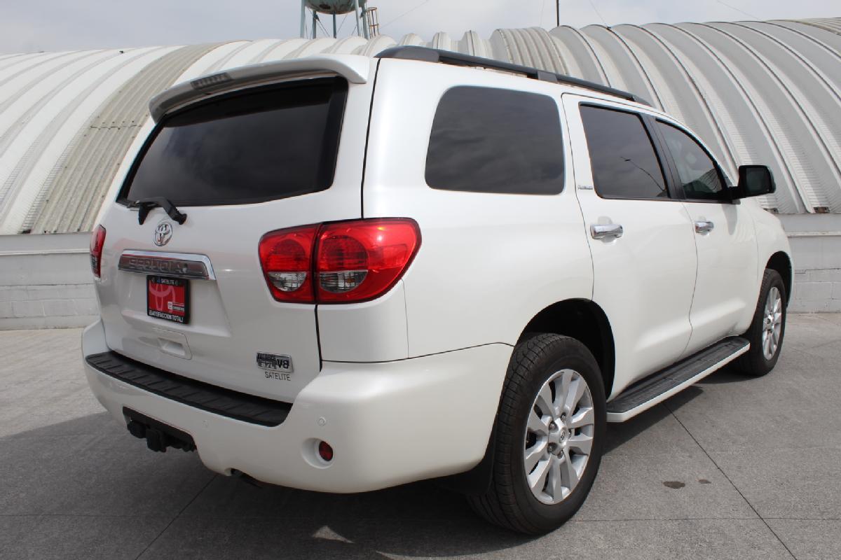 Toyota Sequoia 2017 5p Platinum V8/5.7 Aut 13,500km 3