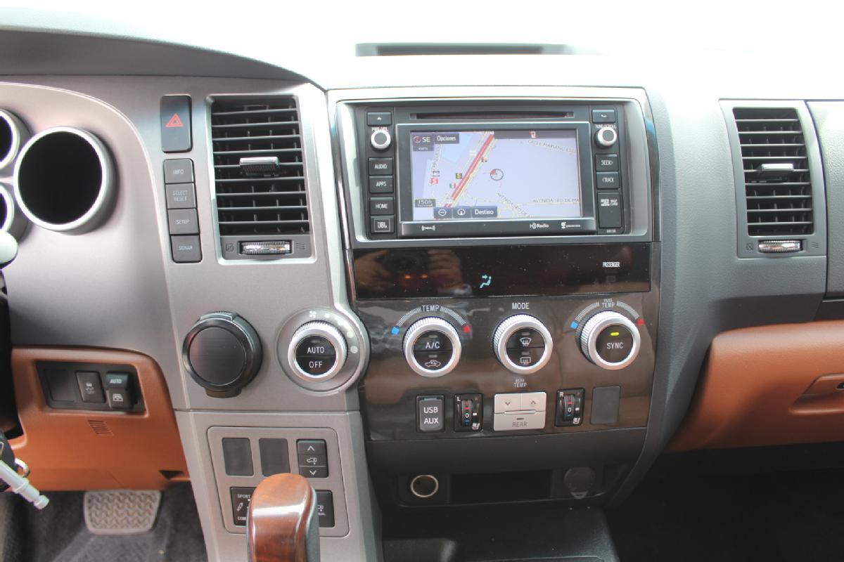 Toyota Sequoia 2017 5p Platinum V8/5.7 Aut 13,500km 8