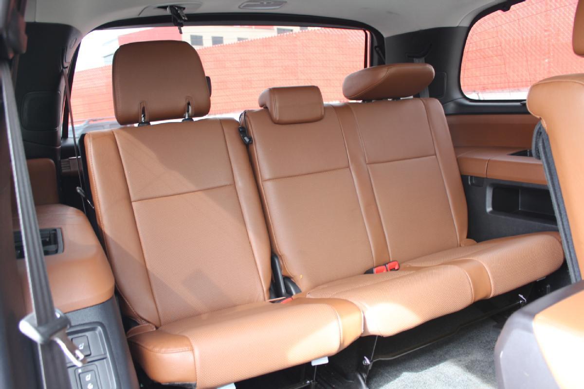 Toyota Sequoia 2017 5p Platinum V8/5.7 Aut 13,500km 14