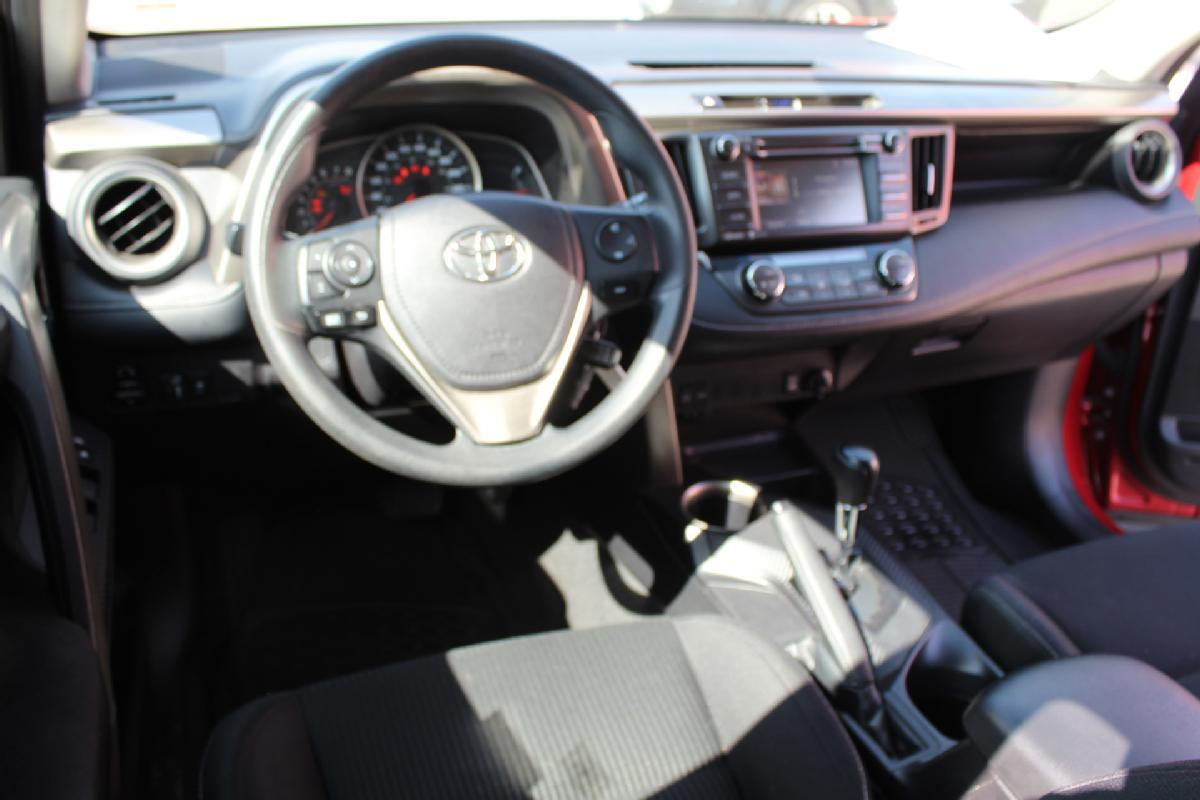 Toyota RAV4 2016 5p XLE L4/2.5 Aut 65,000km 6