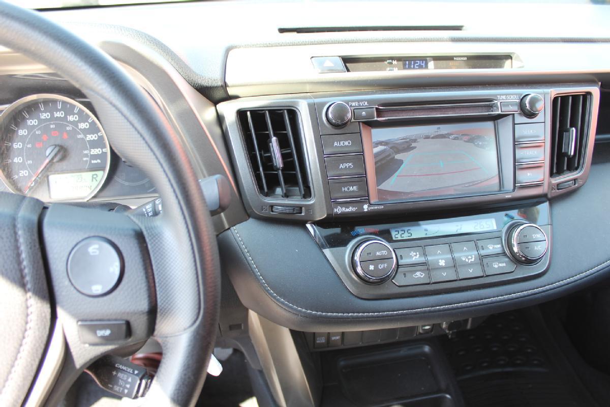 Toyota RAV4 2016 5p XLE L4/2.5 Aut 65,000km 7