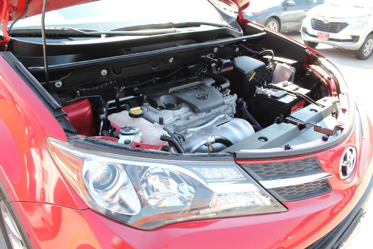 Toyota RAV4 2016 5p XLE L4/2.5 Aut 65,000km 14