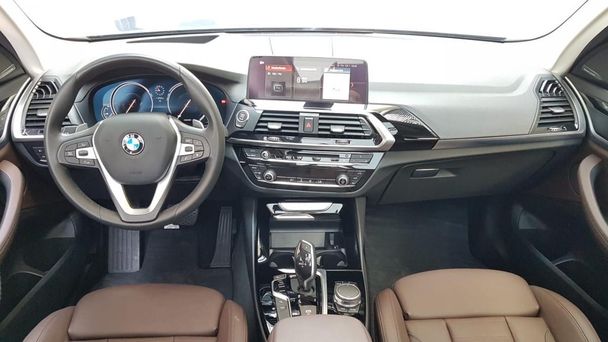 BMW X3  2018 XDRIVE 30i XLINE  8,426 Km 1