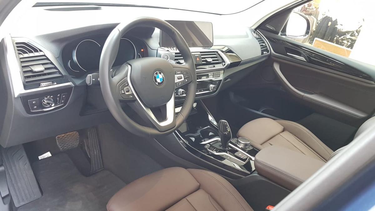 BMW X3  2018 XDRIVE 30i XLINE  8,426 Km 11