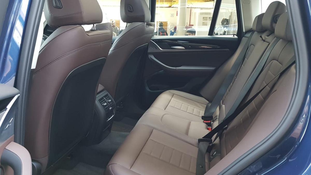 BMW X3  2018 XDRIVE 30i XLINE  8,426 Km 12