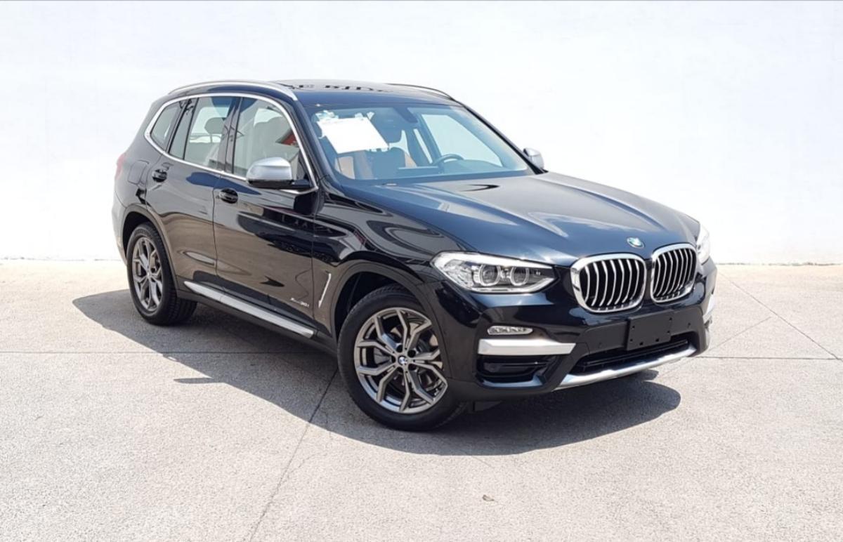 BMW X3  2018 XDRIVE30 XLINE  6,882 Km 0