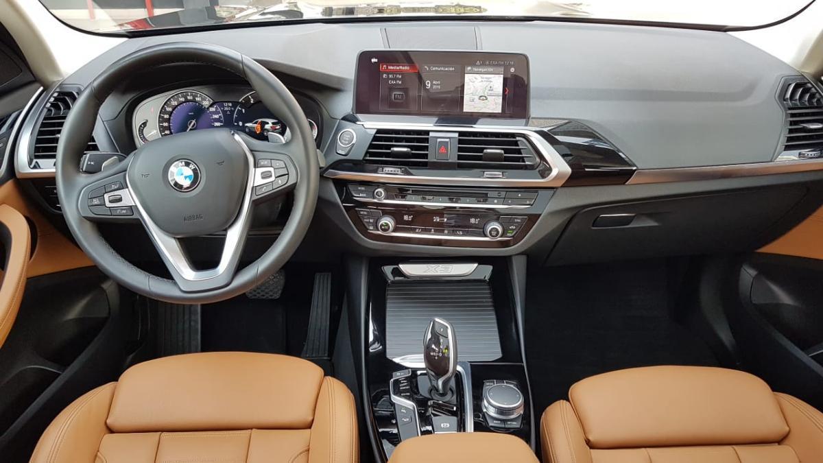BMW X3  2018 XDRIVE30 XLINE  6,882 Km 1