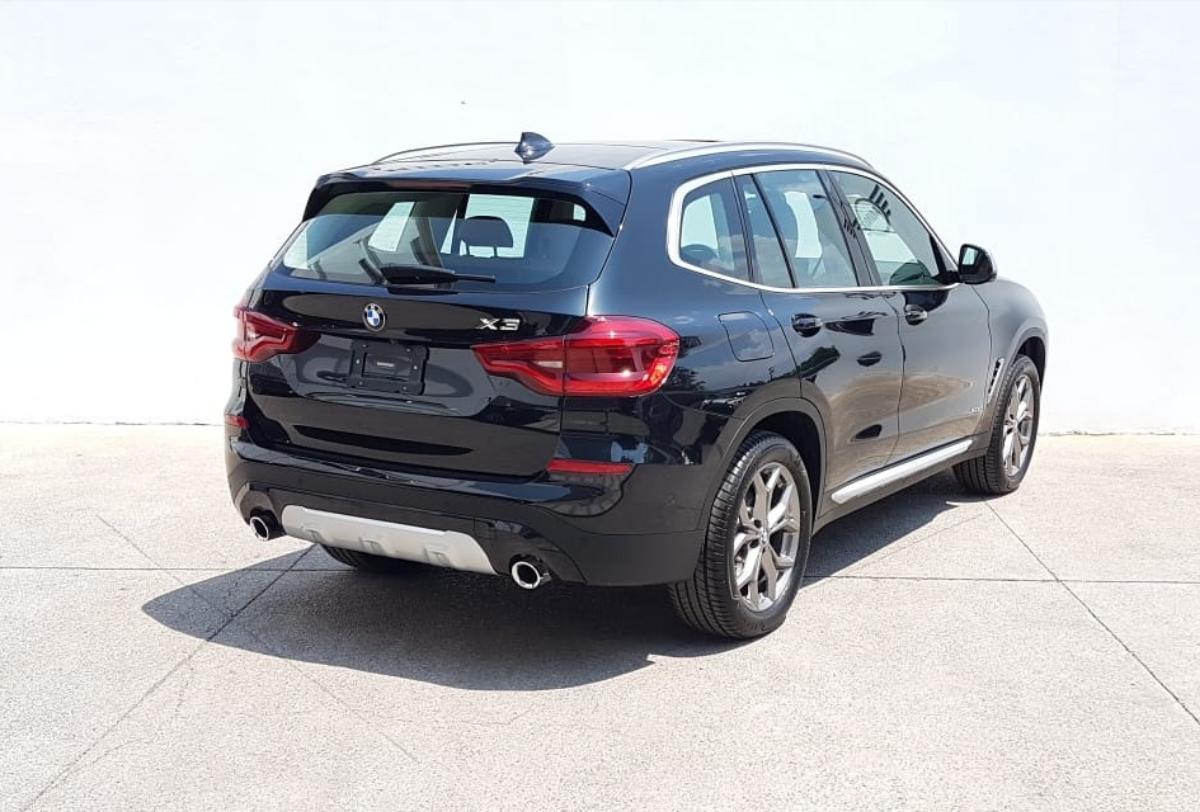 BMW X3  2018 XDRIVE30 XLINE  6,882 Km 7