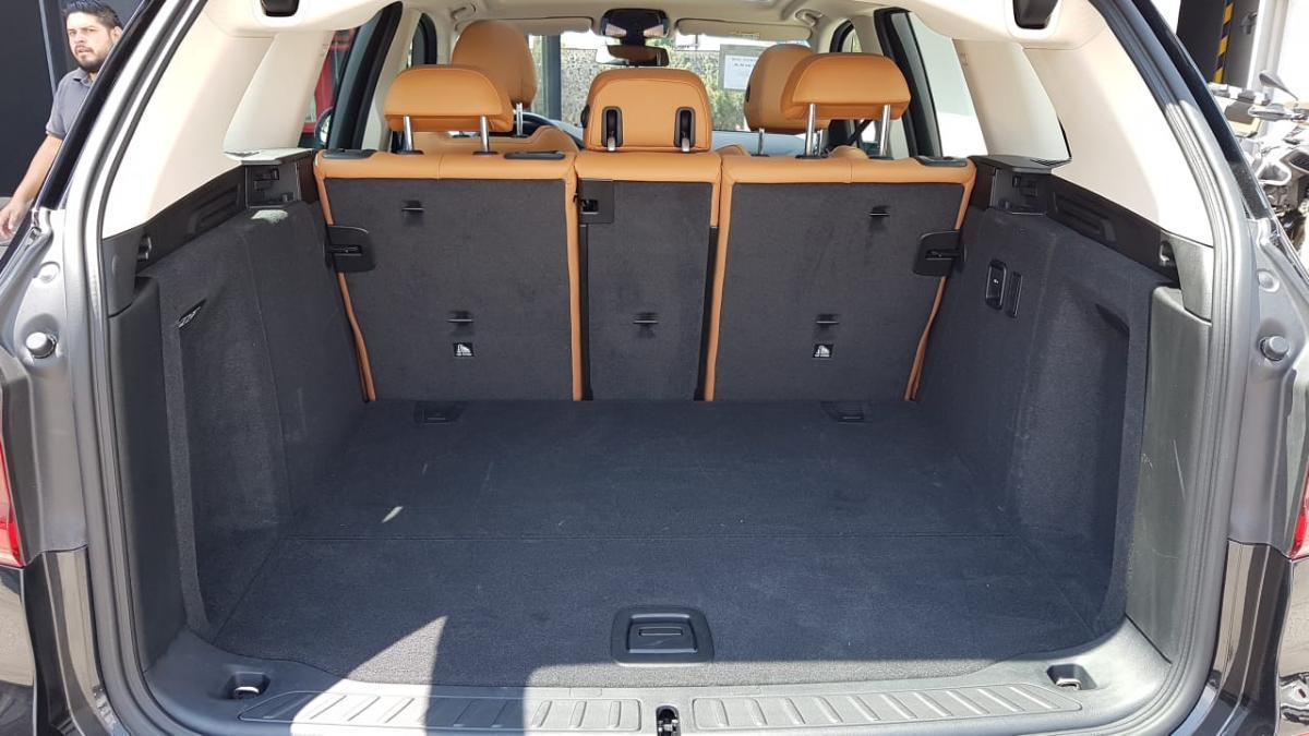 BMW X3  2018 XDRIVE30 XLINE  6,882 Km 9