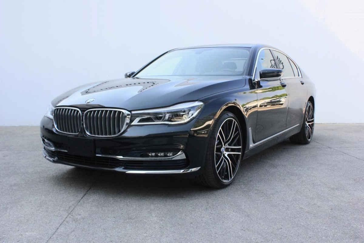 BMW Serie 7 2016 740Li L6/3.0/T Aut 19,131 Km 3