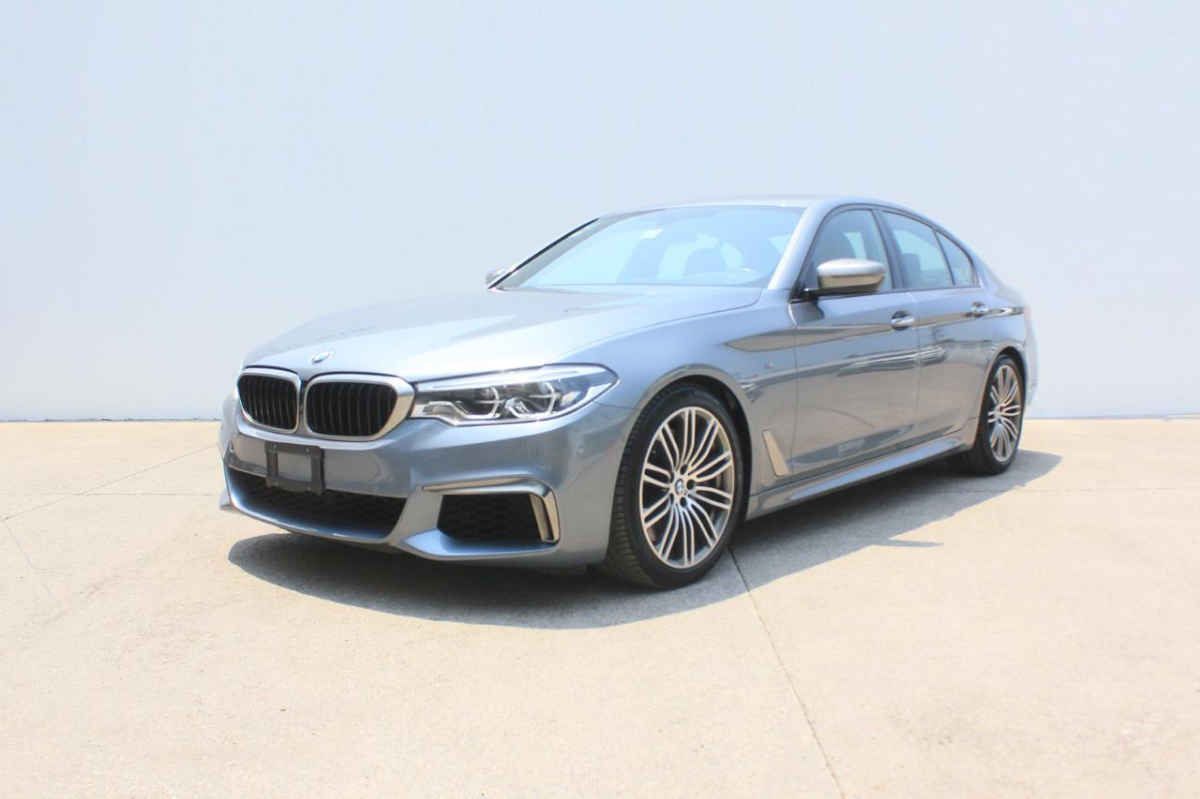 BMW Serie 5 2018 4p M550i V8/4.4/T Aut 11,658 Km 2