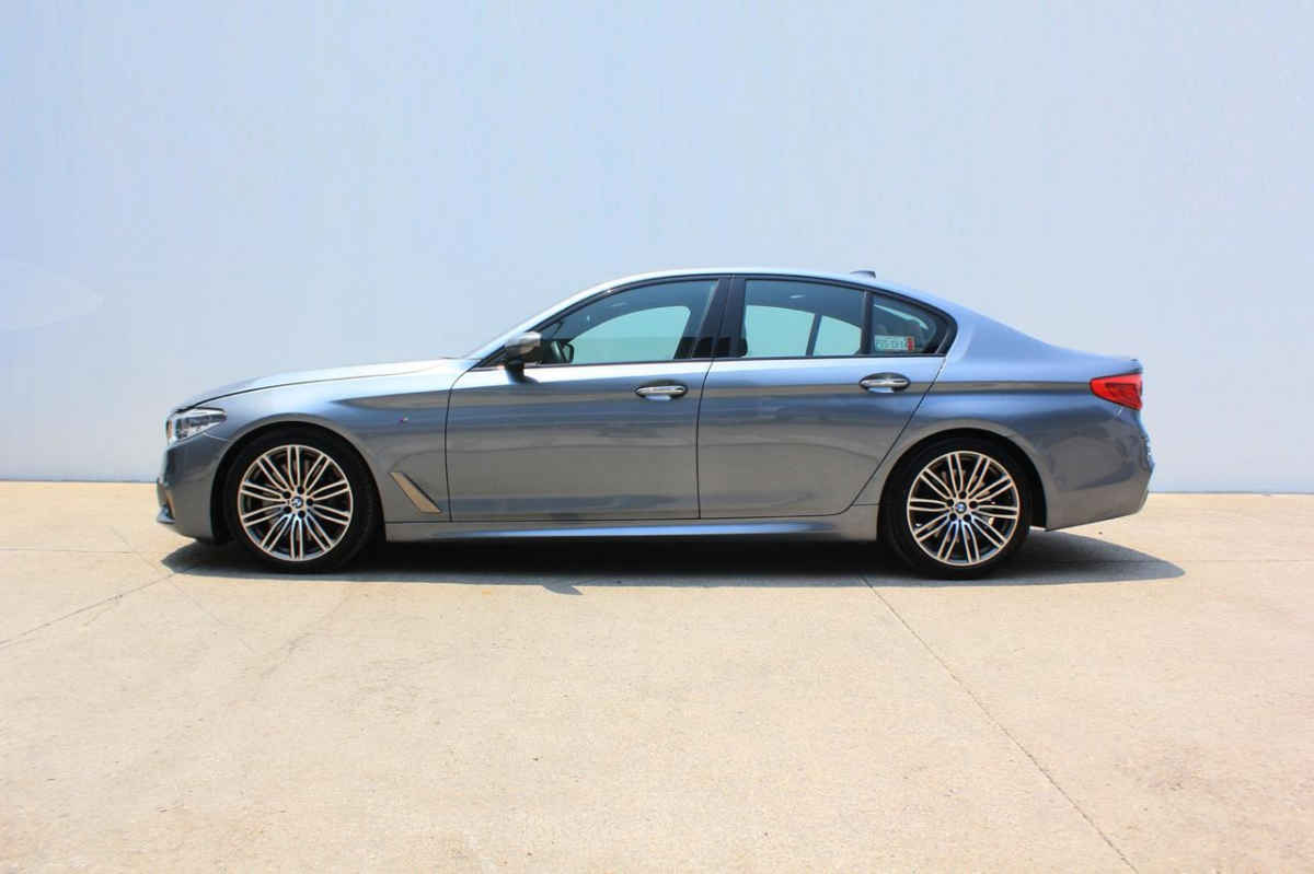 BMW Serie 5 2018 4p M550i V8/4.4/T Aut 11,658 Km 4