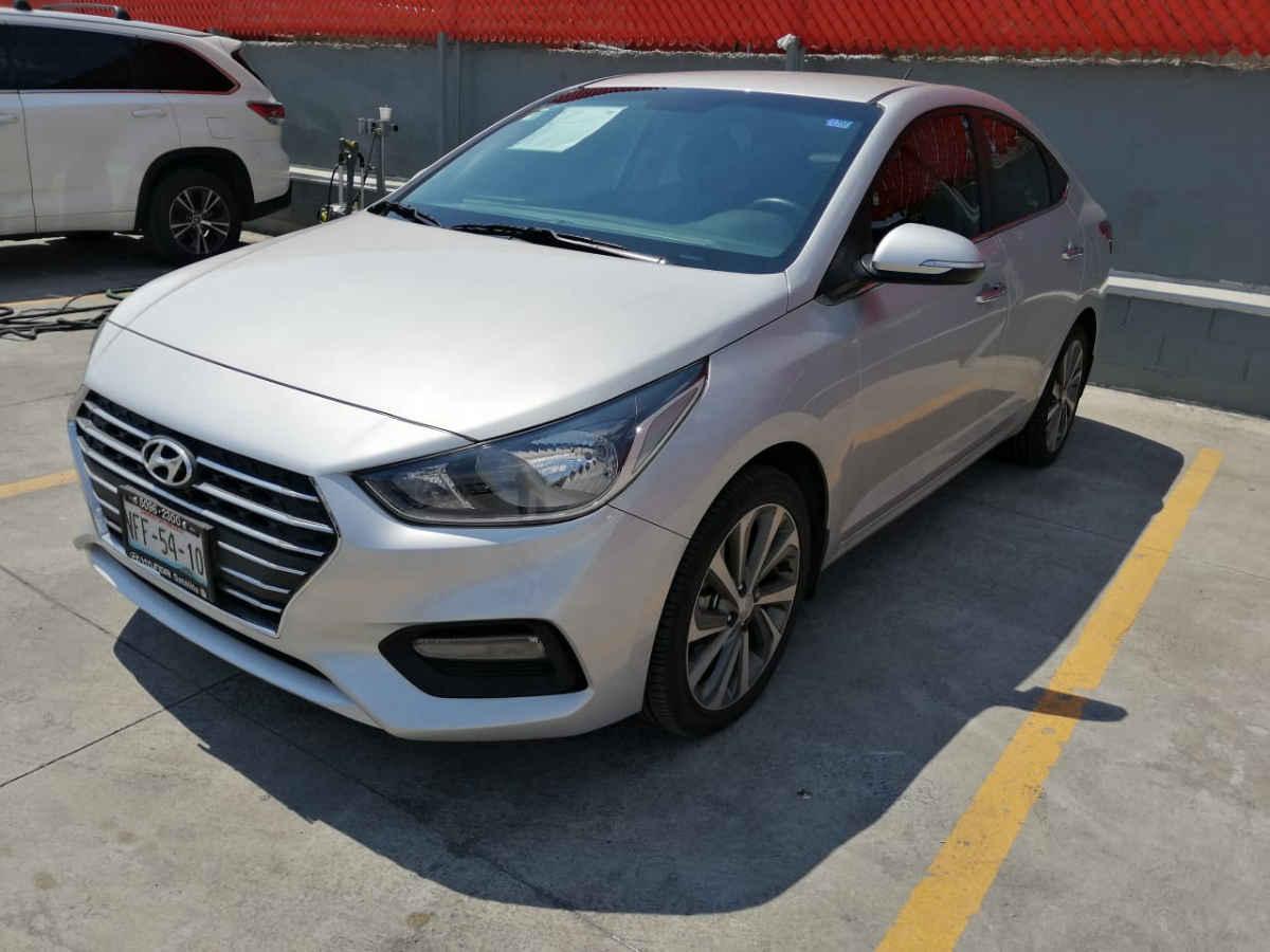 Hyundai Accent 2018 5p GLS L4/1.6 Aut 17,000km 0