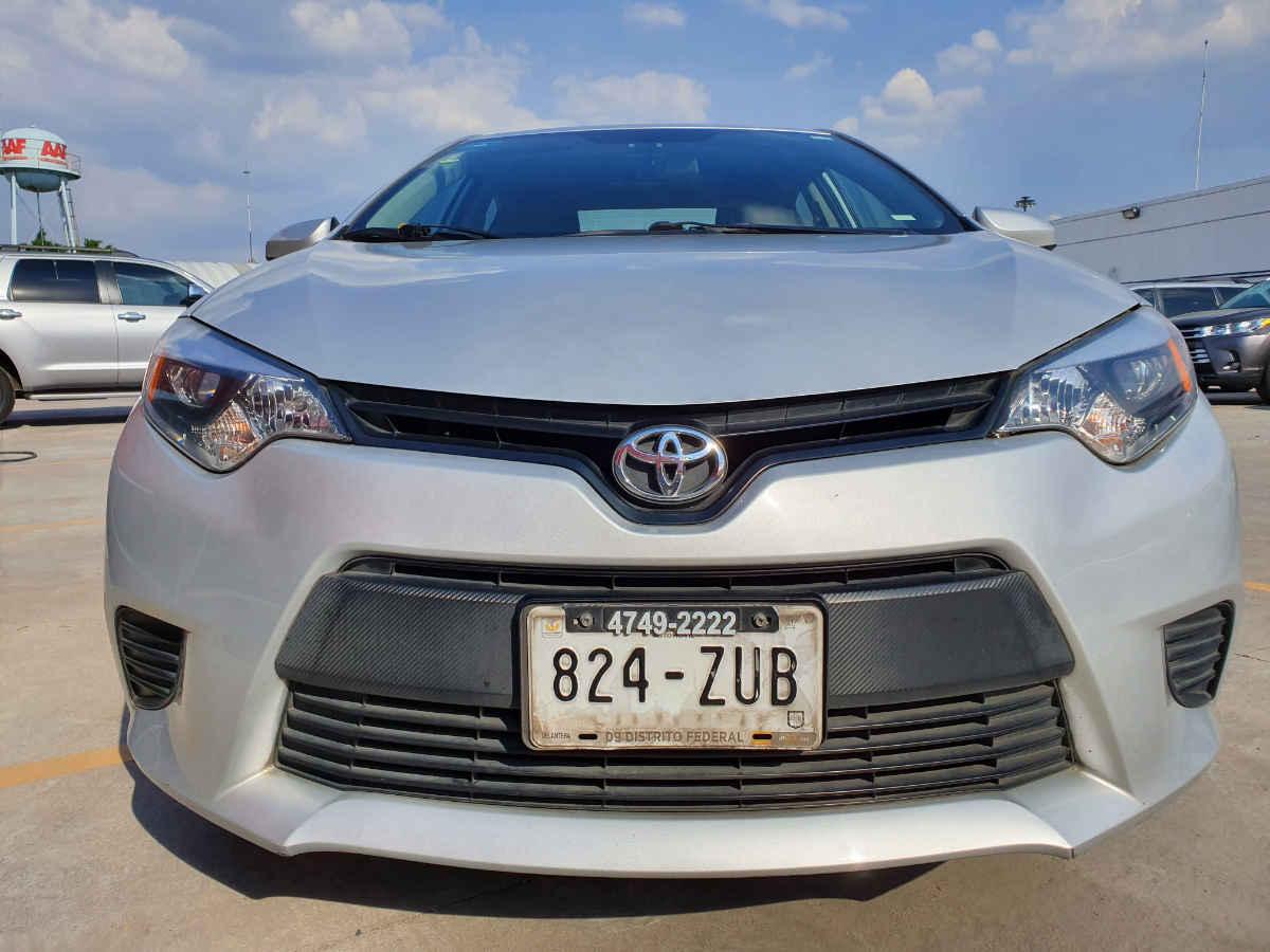 Toyota Corolla 2014 4p Base L4/1.8 Man 86,000km 1