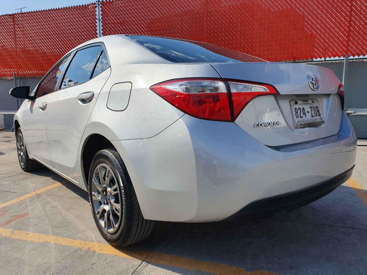 Toyota Corolla 2014 4p Base L4/1.8 Man 86,000km 4