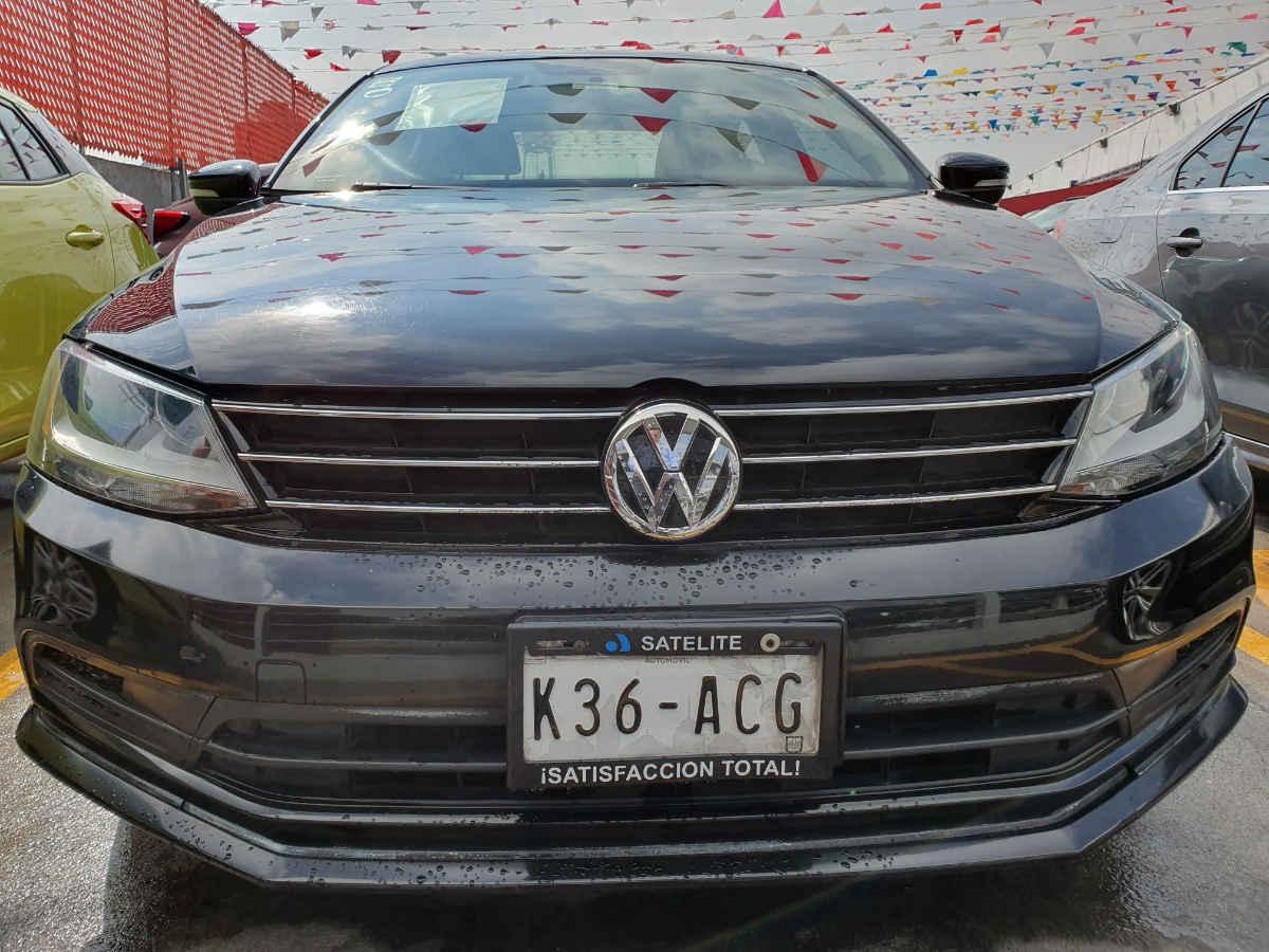 Volkswagen Jetta 2015 4p Trendline L5/2.5 Aut 98,000km 0