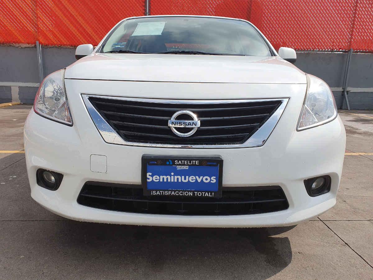 Nissan Versa 2014 4p Advance L4/1.6 Aut 94,000km 0