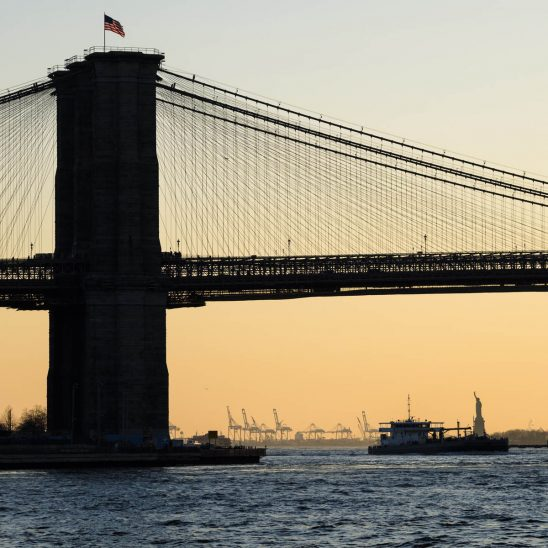 Free stock photo Brooklyn bridge over the East River against sky during sunset