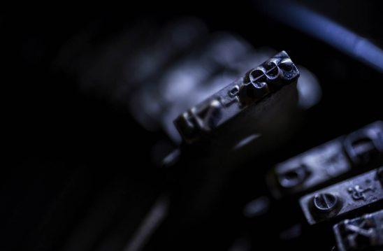 Free stock photo Close-up of typewriter key with dollar sign