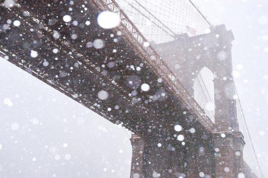 Free stock photo Brooklyn Bridge with falling snow