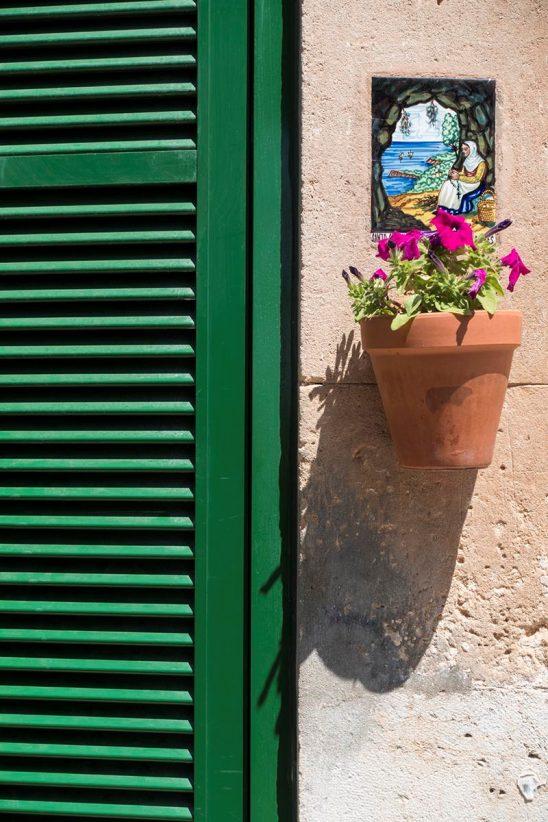 Free stock photo Ceramic street sign and flower pot in Valldemossa, Majorca, Spain
