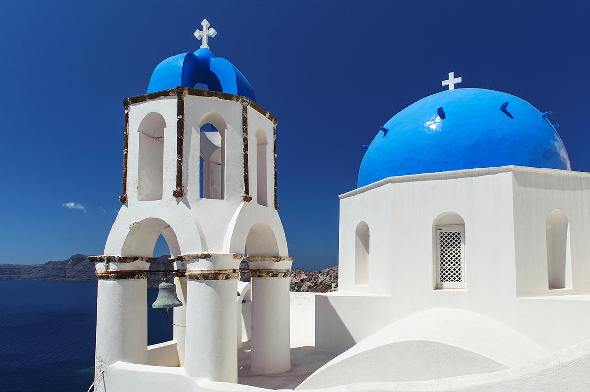 Free stock photo White-washed church on Santorini, Greece