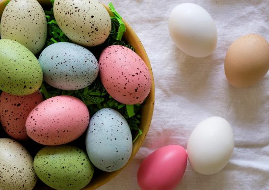 Free stock photo Decorated Easter eggs in a bowl