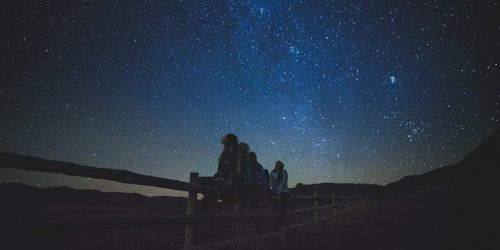 11 Best Astronomy iPhone and Android Apps For Star Gazers
