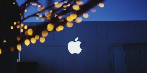 Is Apple Inc. (NASDAQ:AAPL) A Good Stock To Buy?