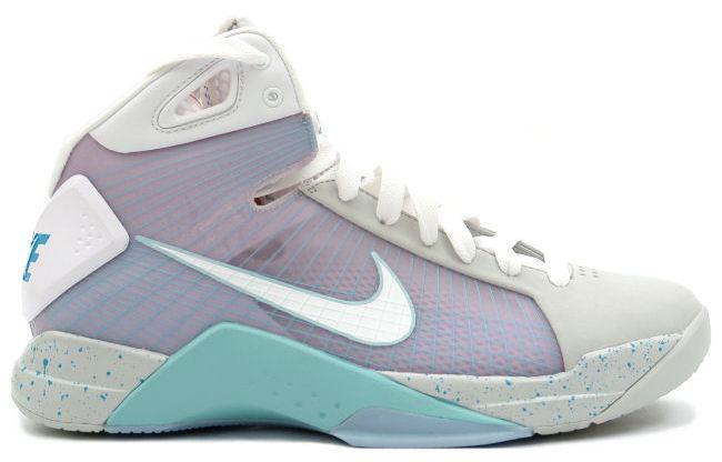 Nike-Hyperdunk-Supreme-Marty-McFly-2015