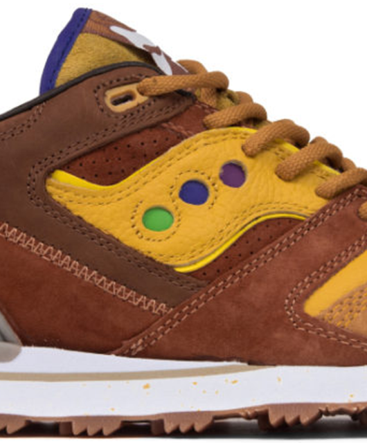 Feature x Saucony Courageous Belgian Waffle Breakfast Pack