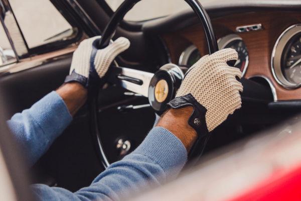 Stringback Gloves