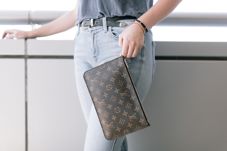 9babe80a64c A Louis Vuitton Bag You Can't Buy in Stores: The Neverfull Pochette ...