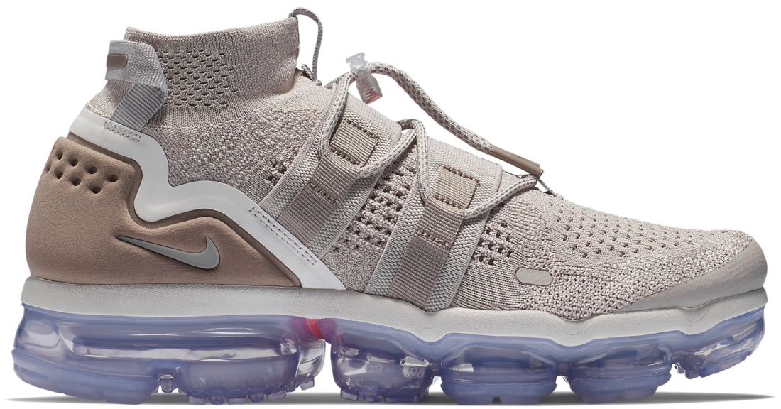 new arrival 612e1 6e6d0 Nike Air VaporMax Utility Moon Particle