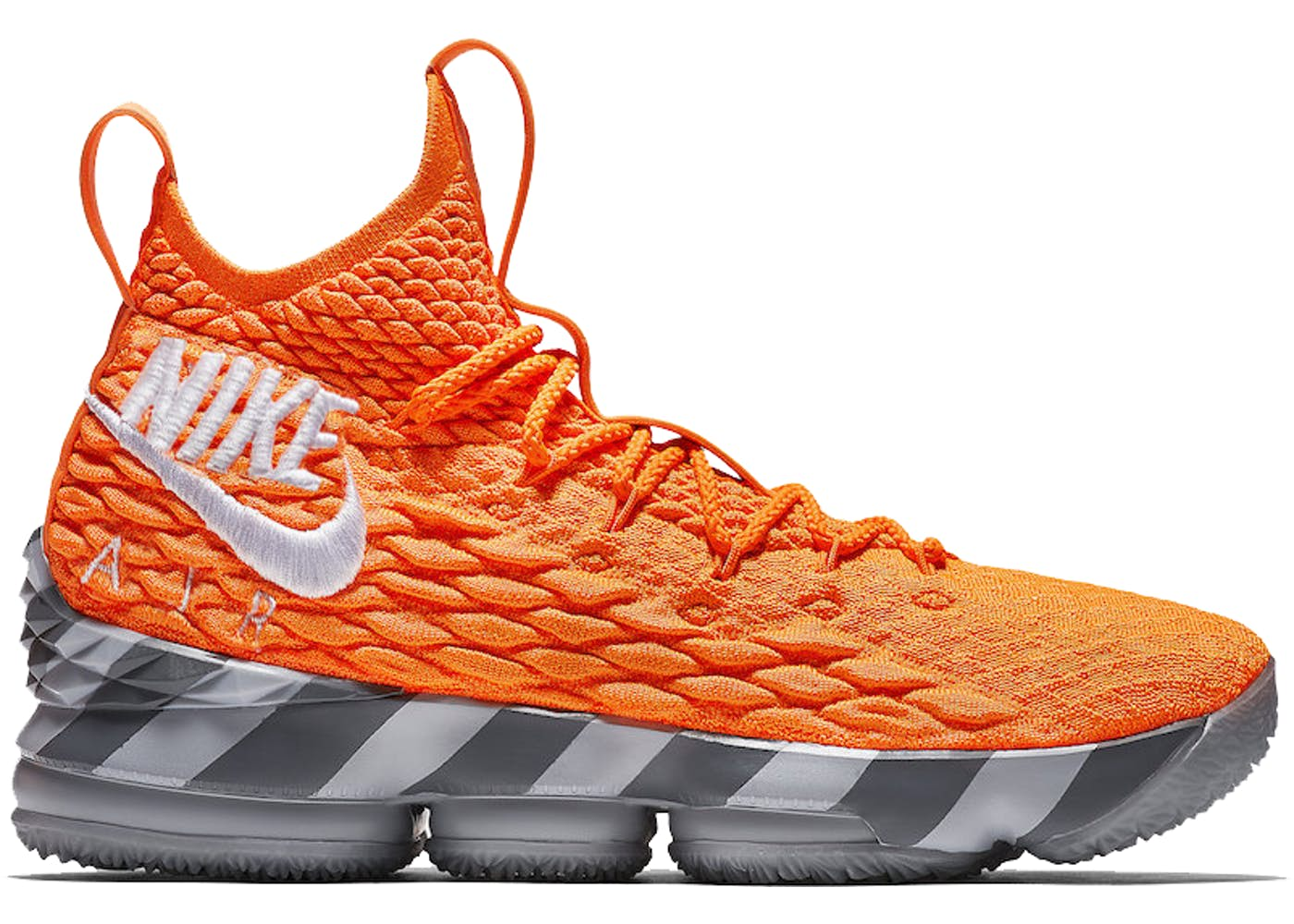 finest selection 91713 d7422 Nike LeBron 15 Orange Box