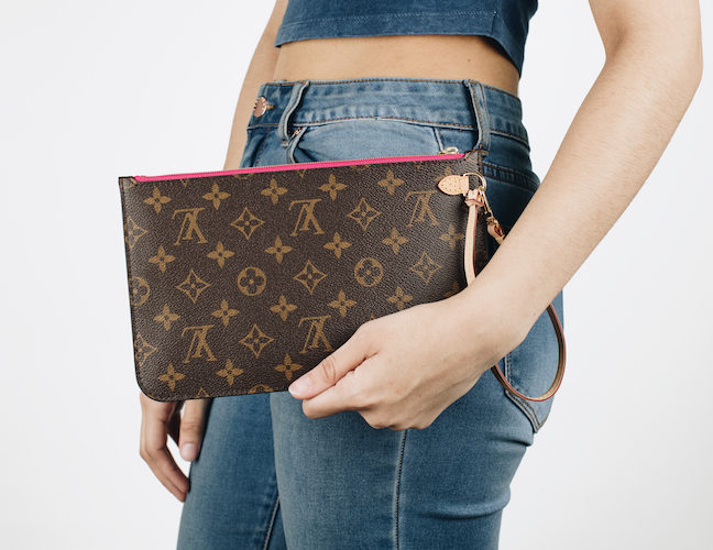 A Louis Vuitton Bag You Can't Buy in Stores: The Neverfull Pochette