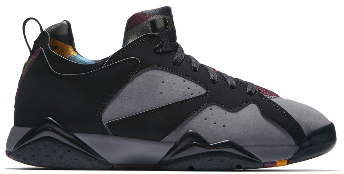 the best attitude f889b a7cde Air Jordan 7 Low Bordeaux