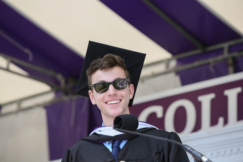 2017 class speaker shares his story  u00b7 news  u0026 media  u00b7 stonehill college