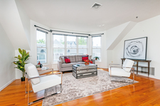 Cambridge Condo for sale:  2 bedroom 925 sq.ft. (Listed 2018-05-18)