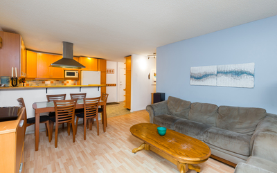 West End Vancouver Condo for sale: The Brambleberry 2 bedroom 1,055 sq.ft. (Listed 2018-09-10)