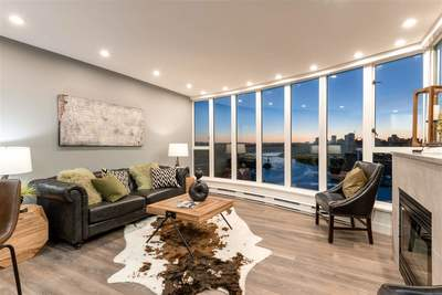 Downtown VE Condo for sale:  2 bedroom 1,317 sq.ft. (Listed 2019-07-09)