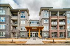 Currie Barracks Condo for sale:  1 bedroom 614 sq.ft. (Listed 2019-05-29)